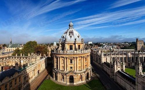 英国大学招生负责人揭秘 弱势背景学生更易获得面试