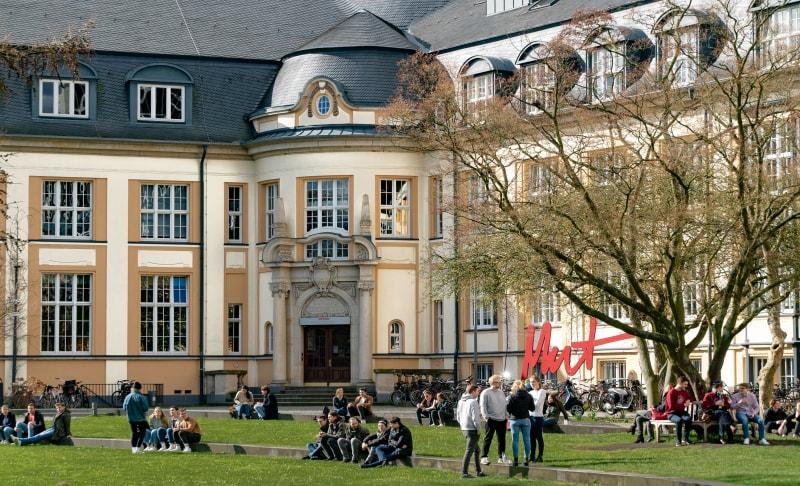 新西兰留学名校时 你是否清楚奖学金的设置情况?