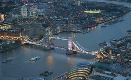 喝咖啡上瘾也能拿奖学金?美国大学的奇葩奖学金不独宠学霸!