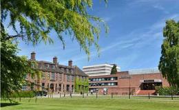 """英国大学""""公平榜""""出炉:赫尔大学?#37038;祝?#21073;桥大学居然垫底!"""