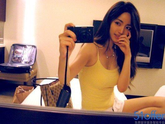 近日一名韩国美女老师的生活照片