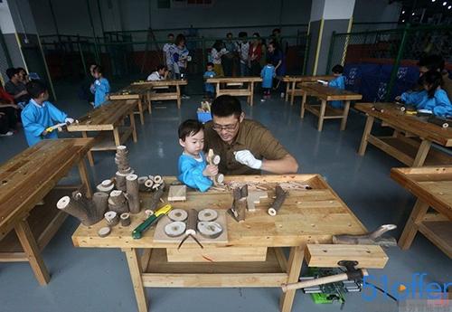 揭秘广州贵族幼儿园 学费每年19.8万教打高尔夫