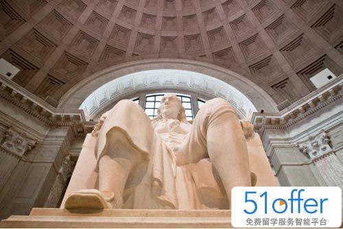 美国总统雕像背面