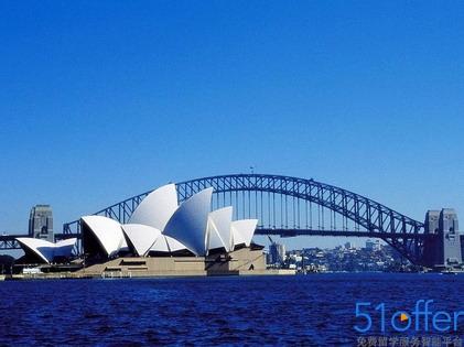 澳大利亚旅游部长:拟减少中国游客十年签证费
