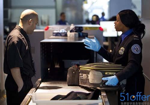 美国留学入境禁止携带的物品清单
